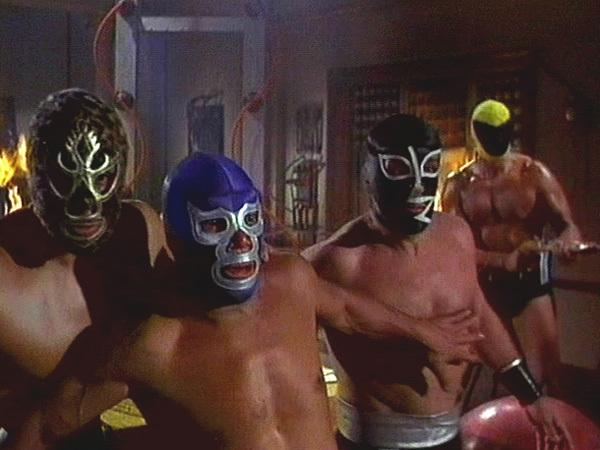 Los coloridos gladiadores mexicanos no tienen nada que envidiarle a los superhéroes venidos del norte. O casi nada.