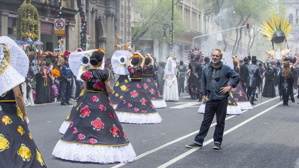 Sam Mendes (director) y lo que cree que es el Día de Muertos