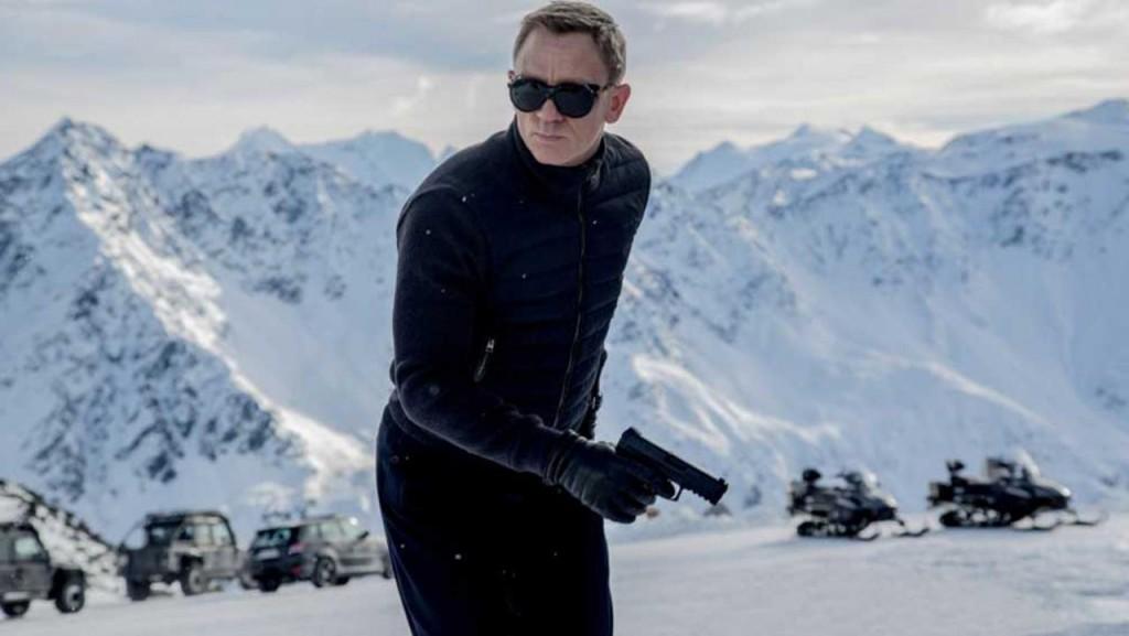 Bond, acción James Bond.