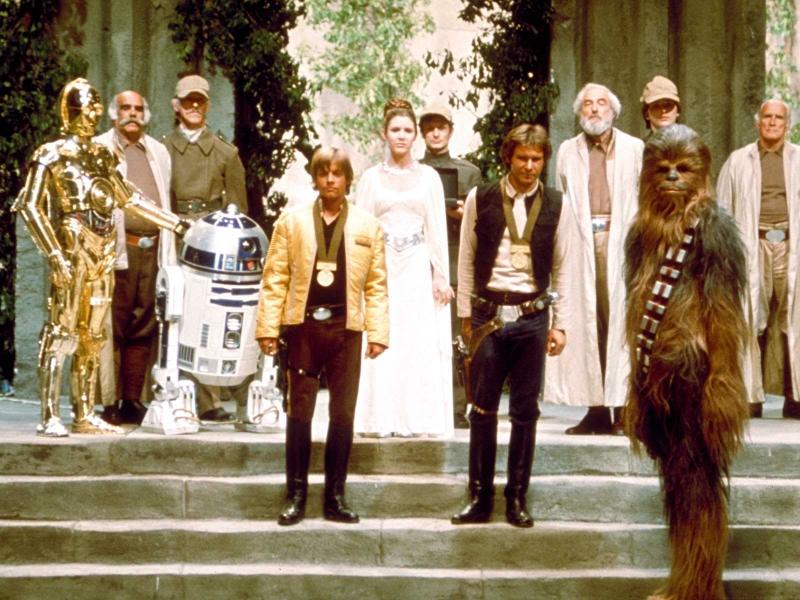 ¿No les parece extraño que Chewbacca no haya recibido una medalla?