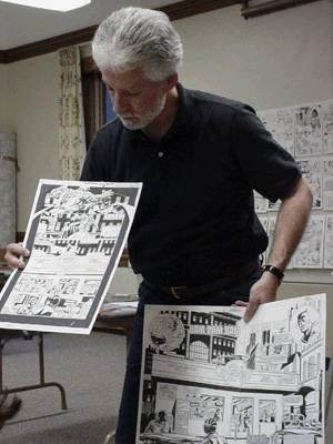 Paul Ryan mostrando ejemplos de su trabajo